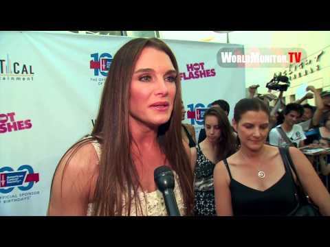 'The Hot Flashes' Los Angeles premiere -  Brooke Shields, Daryl Hannah, Virginia Madsen