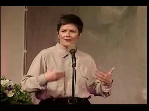 KATE CLINTON -Standup Comedian Video