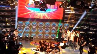 Watching It's Showtime studio live coverage