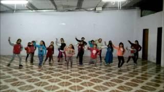 SUSCRIBITE https://goo.gl/xssQUC Escuela de Danzas SuperArte 09-06-2016 Nuevamente con las mas pequeñas! Impulsando su Alegría, bailando, riendo! Estas son l...