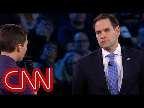 Survivor to Rubio: Will you reject NRA money? (видео)