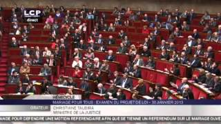 Video Christiane Taubira clashe Laurent Wauquiez à l'Assemblée nationale MP3, 3GP, MP4, WEBM, AVI, FLV Oktober 2017