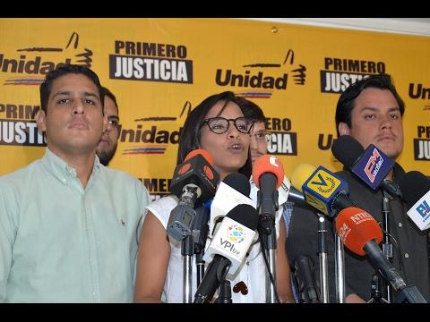 Marialbert Barrios: El Gobierno es el culpable  de la  emigración de los  jóvenes del país