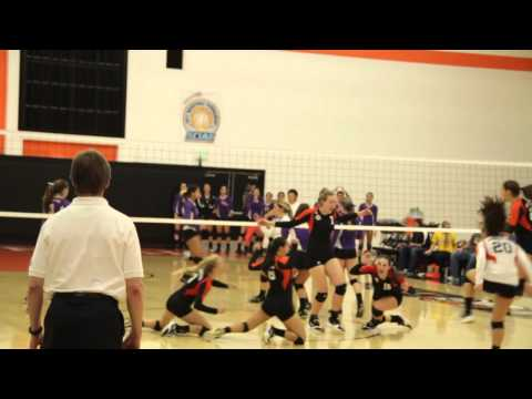Katie Wiese's game-winning kill in 3-1 win over CLU