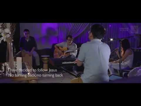 20mins of Living Room Worship - Mighty To Save, At The Cross, Oceans, Healer (by Hillsong)