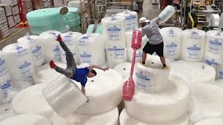 Download Youtube: Bubble Wrap Battle | Dude Perfect