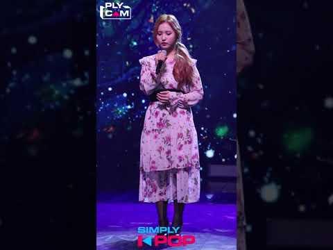 [Simply K-Pop] A Train to Autumn Somi 'Farewell Again(다시 이별)' (가을로 가는 기차 소미 직캠) _ Ep.355 - Thời lượng: 3 phút, 28 giây.