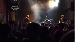 Video Potřetí... 31.10. Cross Club, Praha