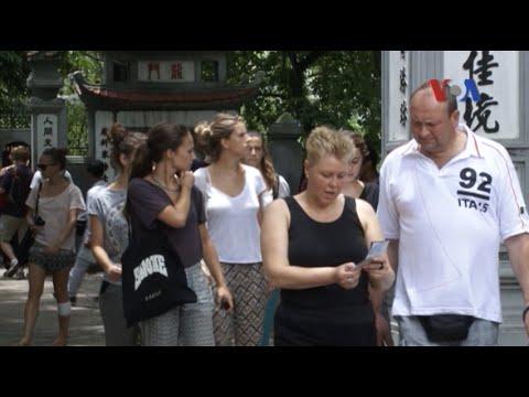 Hơn 7,2 triệu lượt khách đến Việt Nam trong 11 tháng