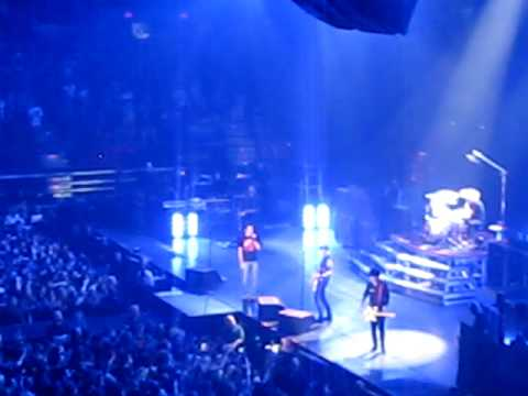 "Green Day - ""Longview"" - Pittsburgh, PA"