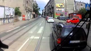 Assassin's Creed w Łodzi! Porobiony typ uszkadza samochody na Wojska Polskiego!