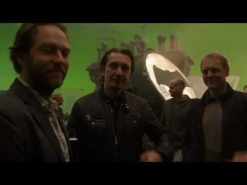 - Featurette Behind-The-Scene (Anglais)