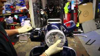 5. Vespa GTS 125 How to's - Change your Headlight Bulb