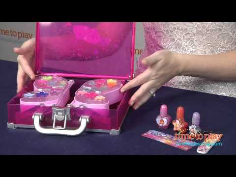 Winx Club Glam Makeup Case and Sparkling Nails from CDI