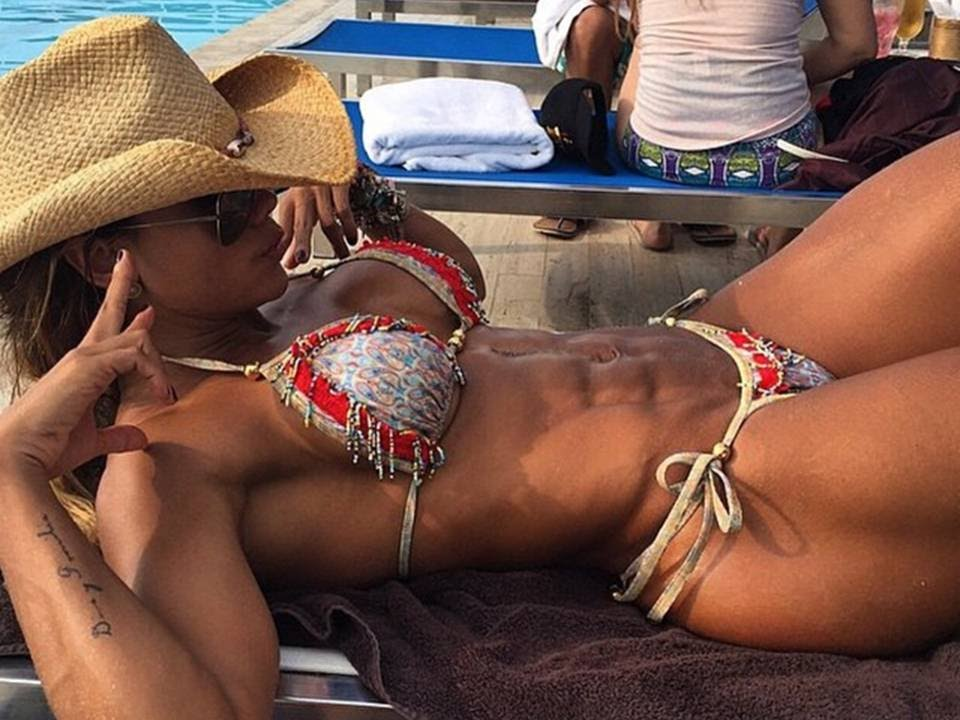 Bianca Gabriela: Fitness Model Bikini Girl Workout for Butt, Abs and Legs
