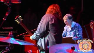 "Video Steve Winwood (ft. Warren Haynes) - ""Gimme Some Lovin'"" - Mountain Jam VIII - 6/3/12 MP3, 3GP, MP4, WEBM, AVI, FLV Juni 2018"