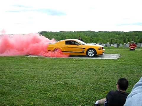 Mustang Boss 2007 burnout balmoral car show red smoke june 2009 mach1