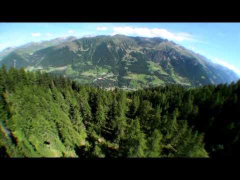Video two Mountai gravity 2012 HD (видео)