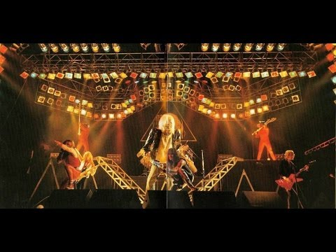 Iron Maiden (live Hammersmith, 1982) [COMPLETE CONCERT] online metal music video by IRON MAIDEN