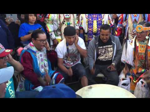 Northern Cree @ Mandaree 2015! SNL drum solo contest!