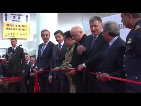 Міністр оборони України взяв участь в урочистому відкритті XIV Міжнародної спеціалізованої виставки озброєння та військової техніки