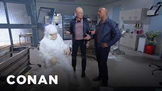 "Video Conan Becomes Dwayne Johnson's ""Rampage"" Stunt Double MP3, 3GP, MP4, WEBM, AVI, FLV Oktober 2018"