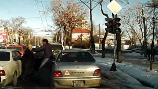 Драка на дороге в Алматы