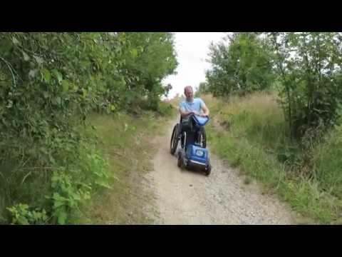 Kørestol kører ned af Ellemandsbjerget på Helgenæs-Djursland