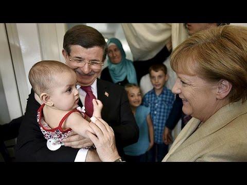 Ασφαλείς ζώνες για τους πρόσφυγες στα σύνορα Συρίας – Τουρκίας