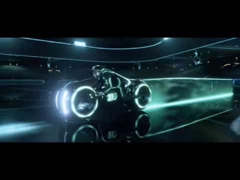 Fuel Metallica (com cenas do filme Tron O legado)