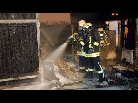 Feuerwerk löst Brand an Tankstelle aus