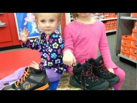 How to Pick a Pair of Hiking Shoes for Kids