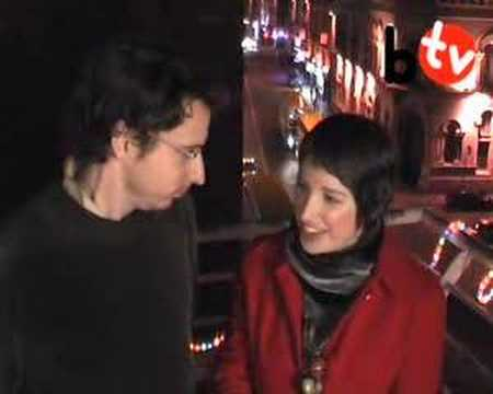 balconytv - Tom from BalconyTV Dublin gets singing lessons! Subscribe to us right now at - http://bit.ly/subscribetoBalconyTV 'Like' us on Facebook - http://Facebook.com...