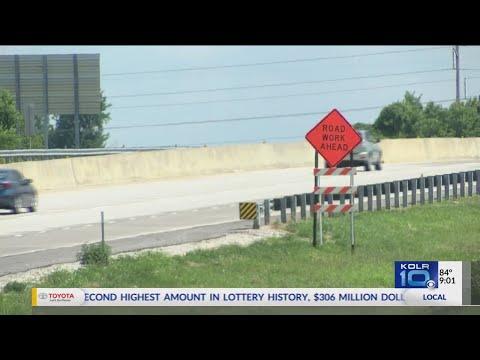 MODOT Rebuilding Soutbound Route 65 Bridge at I-44