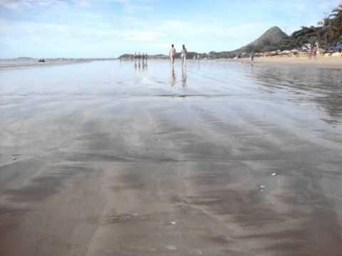 Praia do Corujão (1) - Piúma ES