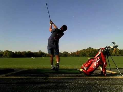 My golf swing in driving range (need advice / tips)