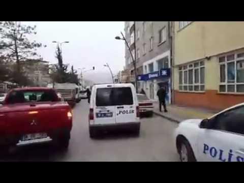 Esnaf kamerasından trafik polislerine fena ayar