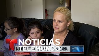 """Video oficial de Noticias Telemundo. La guatemalteca Nury Chavarrría, madre de cuatro hijos, decidió buscar protección en una iglesia, en vez que seguir la orden de ICE y regresar a su país de origen.SUBSCRIBETE: http://bit.ly/1JI1uXVNoticiasEste es el canal en Youtube de la división de noticias de la cadena Telemundo en los Estados Unidos. El """"Noticiero Telemundo"""", presentado entre semana por María Celeste Arrarás y José Díaz-Balart -y fines de semana por Edgardo del Villar- es el programa insignia de la división y la fuente de información más confiable de la comunidad hispana en los Estados Unidos. El programa """"Enfoque con José Díaz-Balart"""" y los eventos especiales de la cadena, forman parte del compromiso de Telemundo para llevar a los hispanos información política y social que pueda guiarlos en los Estados Unidos. El galardonado equipo de corresponsales y colaboradores de Noticias, ofrece las últimas noticias, entrevistas con personajes claves, análisis y comentarios sobre el acontecer nacional e internacional. SUBSCRIBETE: http://bit.ly/1JI1uXVTelemundoEs una división de Empresas y Contenido Hispano de NBCUniversal, liderando la industria en la producción y distribución de contenido en español de alta calidad a través de múltiples plataformas para los hispanos en los EEUU y a audiencias alrededor del mundo. Ofrece producciones originales, películas de cine, noticias y eventos deportivos de primera categoría y es el proveedor de contenido en español número dos mundialmente sindicando contenido a más de 100 países en más de 35 idiomas.SIGUENOS EN TWITTER: http://bit.ly/1OLjUGlDANOS LIKE EN FACEBOOK: http://on.fb.me/1VXiWwoGOOGLE+: http://bit.ly/1P0PaSCMadre que iba a ser deportada se refugia en una iglesia  Noticiero  Noticias Telemundo"""