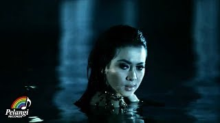 Video Pop - Syahrini - Kau Yang Memilih Aku (Official Music Video) MP3, 3GP, MP4, WEBM, AVI, FLV Maret 2019