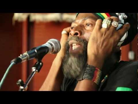 raggy - Capleton performs his track 'Raggy Road' exclusively at Tuff Gong Studios in Jamaica. As part of 1Xtra's special Tuff Gong Studios session for Jamaica's 50th...