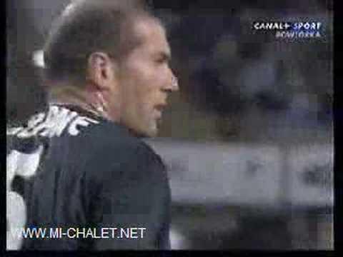 Jogada espetacular e falhanço de Zidane