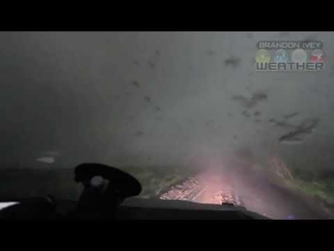 MORNING SKULL: Insane video Inside Violent Tornado
