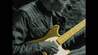 Video Fuzzy2102 - Pokoj plný mraků (Singl 2016)