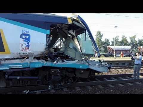 Czech highspeed train crash (truck) Pendolino vs truck