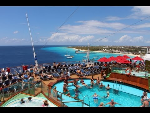 Sailing Away from Grand Turk