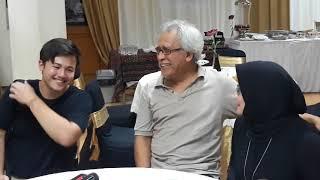 Video Iwan Fals  bersama  isteri (Rosanna Listanto)  dan anaknya (Raya Rambu Rabani) MP3, 3GP, MP4, WEBM, AVI, FLV Oktober 2018