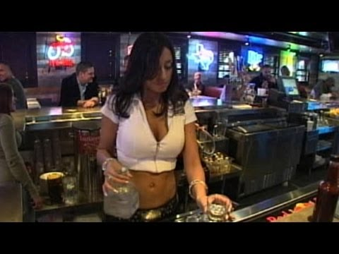 abc news - While many restaurant chains are struggling, Twin Peaks, Tilted Kilt and others are thriving.