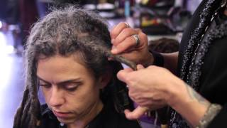 Video How to Determine the Size of Your Dreadlocks : Dreadlocks 101 MP3, 3GP, MP4, WEBM, AVI, FLV Juli 2018