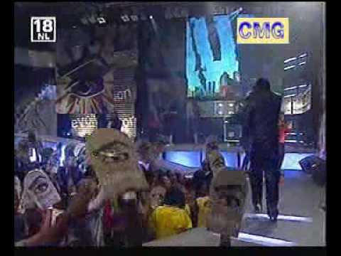 Ona mumy(live performance) JK