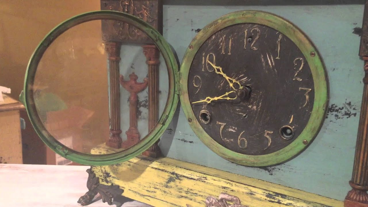 Annie Sloan Chalk Paint on Funky Clock